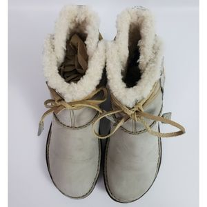 UGG Shoes - UGG Australia Cove Sand Leather Ankle Boots